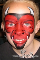 Lonnies-ansigtsmaling-Kraeftens-Bekaempelse-2012-06