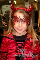 Lonnies-ansigtsmaling-Halloween_i_Lyngby_Storcenter-2012-08