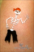 Lonnies_Ansigtsmaling_Pirat-skelet2