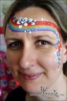 Lonnies_ansigtsmaling-Regnbue-og-blomster