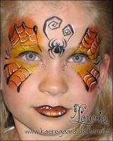 Lonnies_ansigtsmaling-Halloween-sommerfugl2