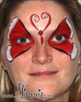 Lonnies_ansigtsmaling-julesommerfugl