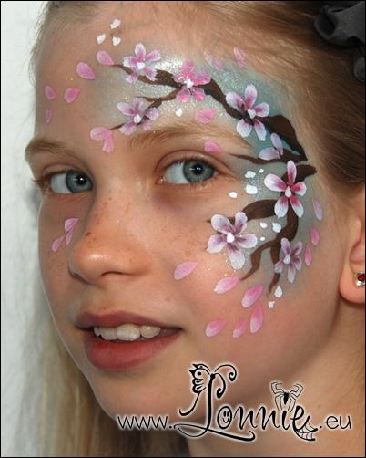 Lonnies_ansigtsmaling-kiresebærtræslideshow