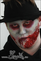 Lonnies_ansigtsmaling-Zombie-Crawl-2012-1