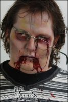 Lonnies_ansigtsmaling-Zombie-Crawl-2012-2