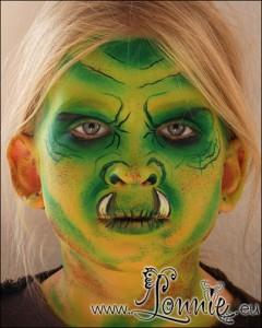 Lonnies_ansigtsmaling-ork-beskidt
