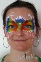 Lonnies_ansigtsmaling-Regnbuemaske