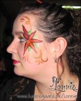 Lonnies_ansigtsmaling-julestjerneplante