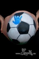 Lonnies_ansigtsmaling-Gravid-Fodbold-03