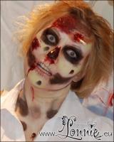 Lonnies_ansigtsmaling-zombiecrawl2011-04